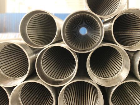 供应河南价格便宜的绕丝滤水管,不锈钢绕丝管价格