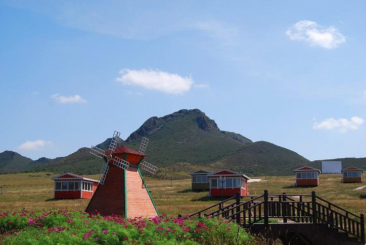 内蒙古专业的通辽旅游服务公司    -现在去哪里旅游合适