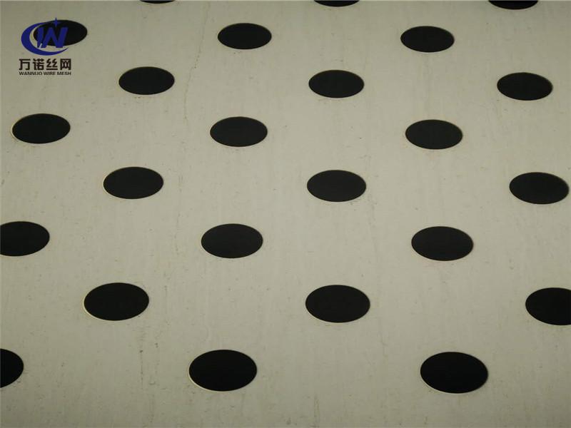 鐵板碳鋼冷板圓孔網片--安平縣萬諾絲網