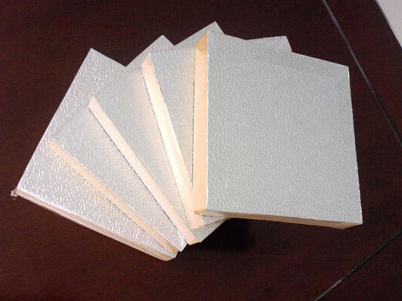 德州优良的保温板右手中出售-保温一�体板批发