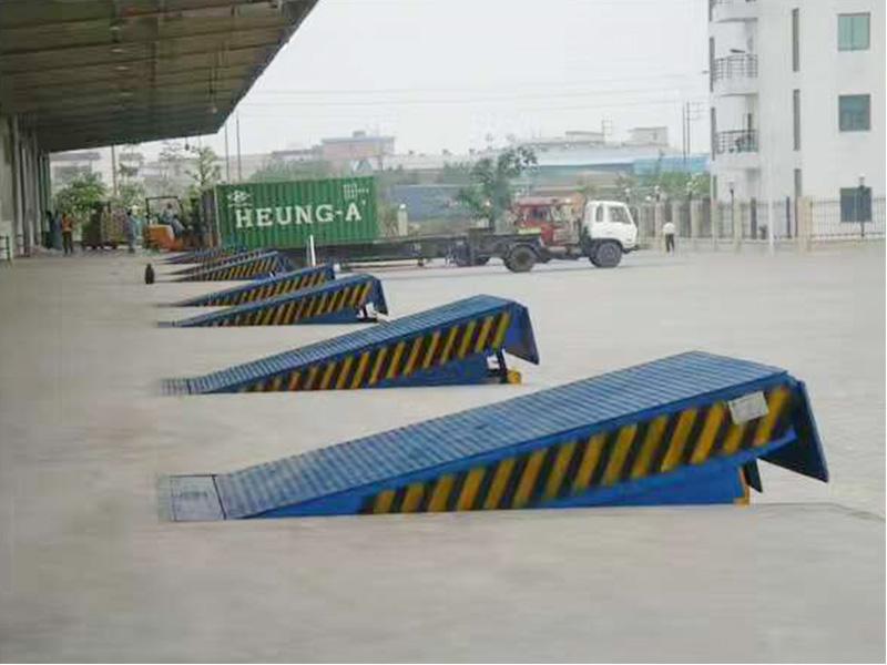 固定液压登车桥厂家推广-固定液压登车桥专业供应商