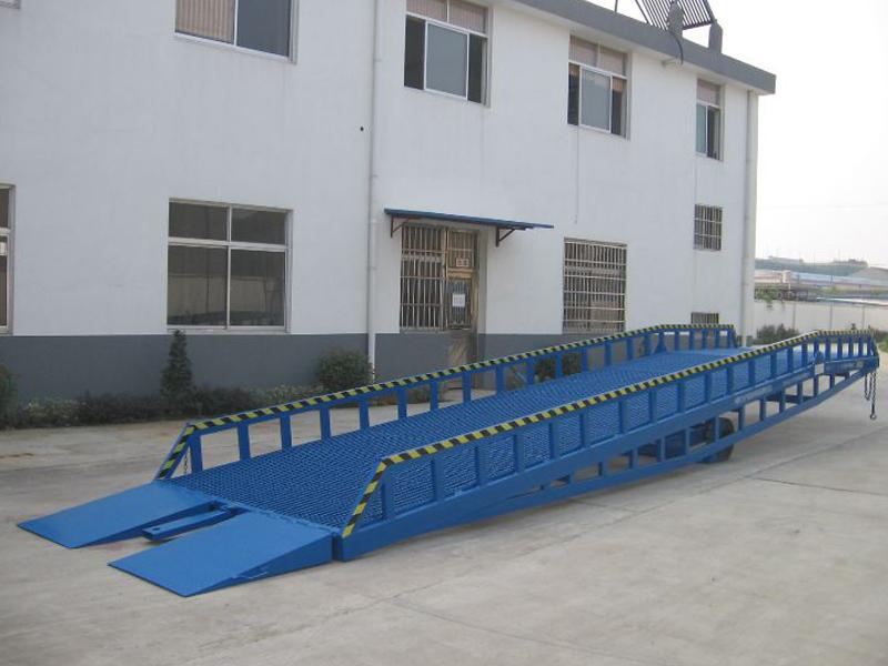 移动液压登车桥价格-思诺特升降机械提供好用的移动液压登车桥