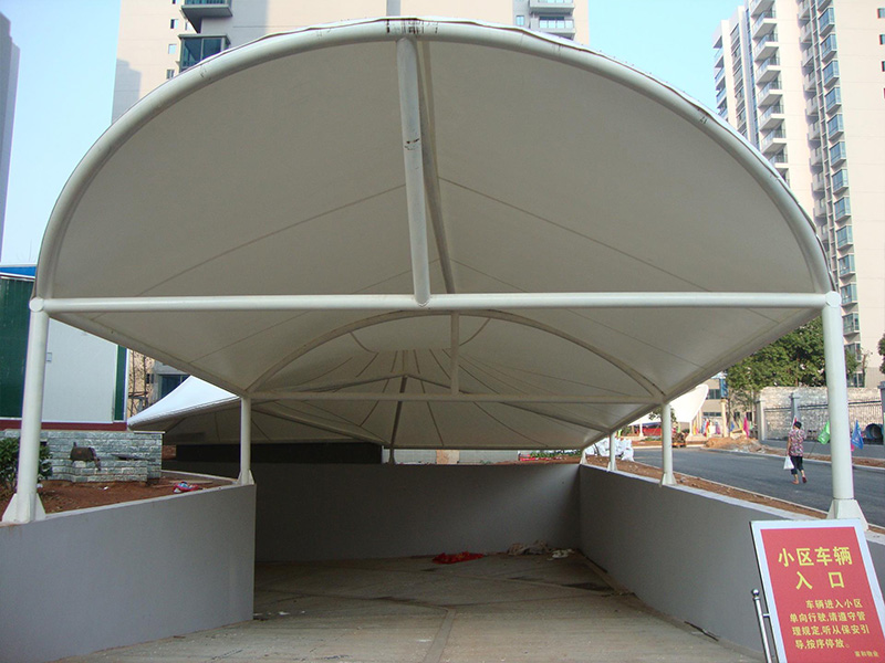 膜结构地下坡道雨棚安装-安装快捷的地下坡道雨棚推荐