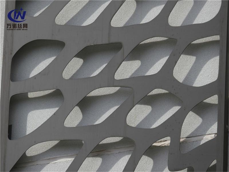冲孔异形不规则孔铝板--安平县万诺丝网