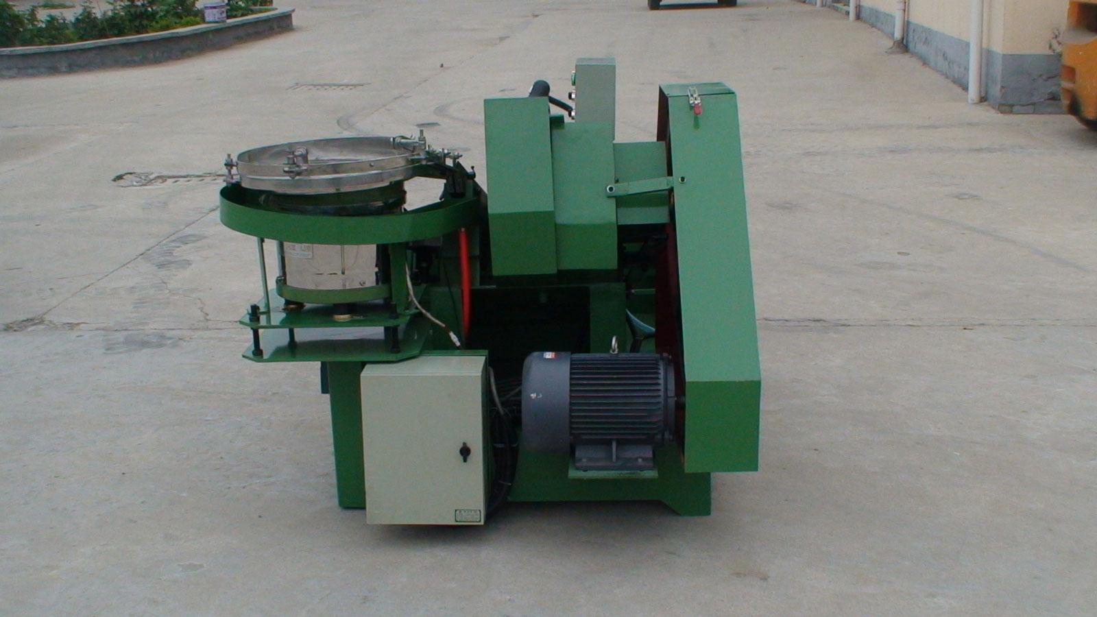倾销振动盘式齿轮箱搓丝机|报价合理的振动盘式齿轮箱搓丝机供销