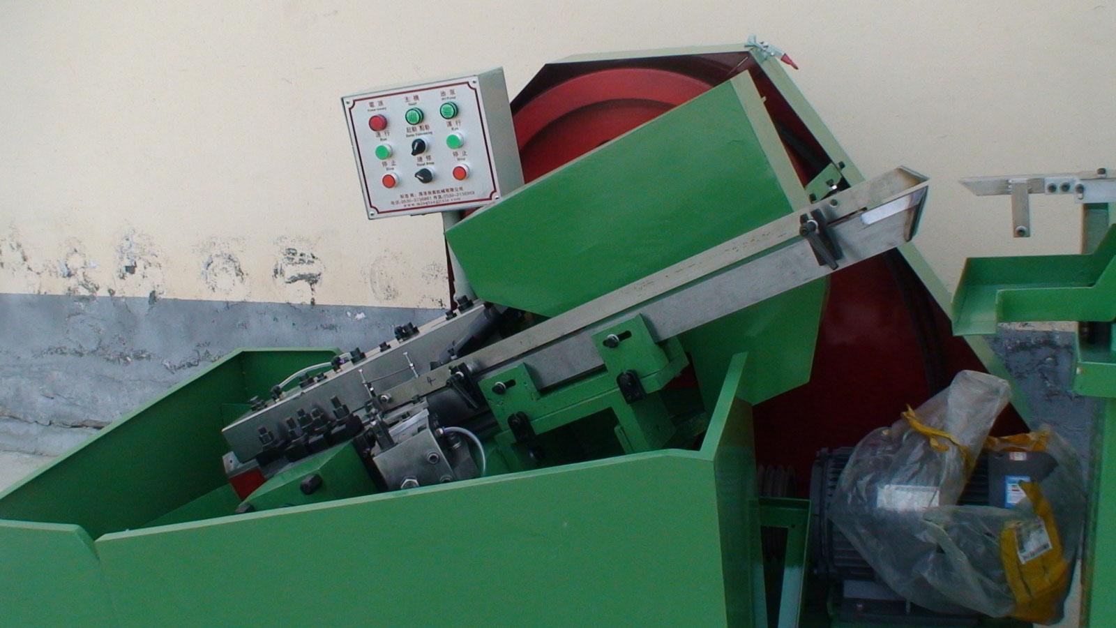 质优价廉的自动齿轮箱搓丝机-秋南机械供应自动齿轮箱搓丝机