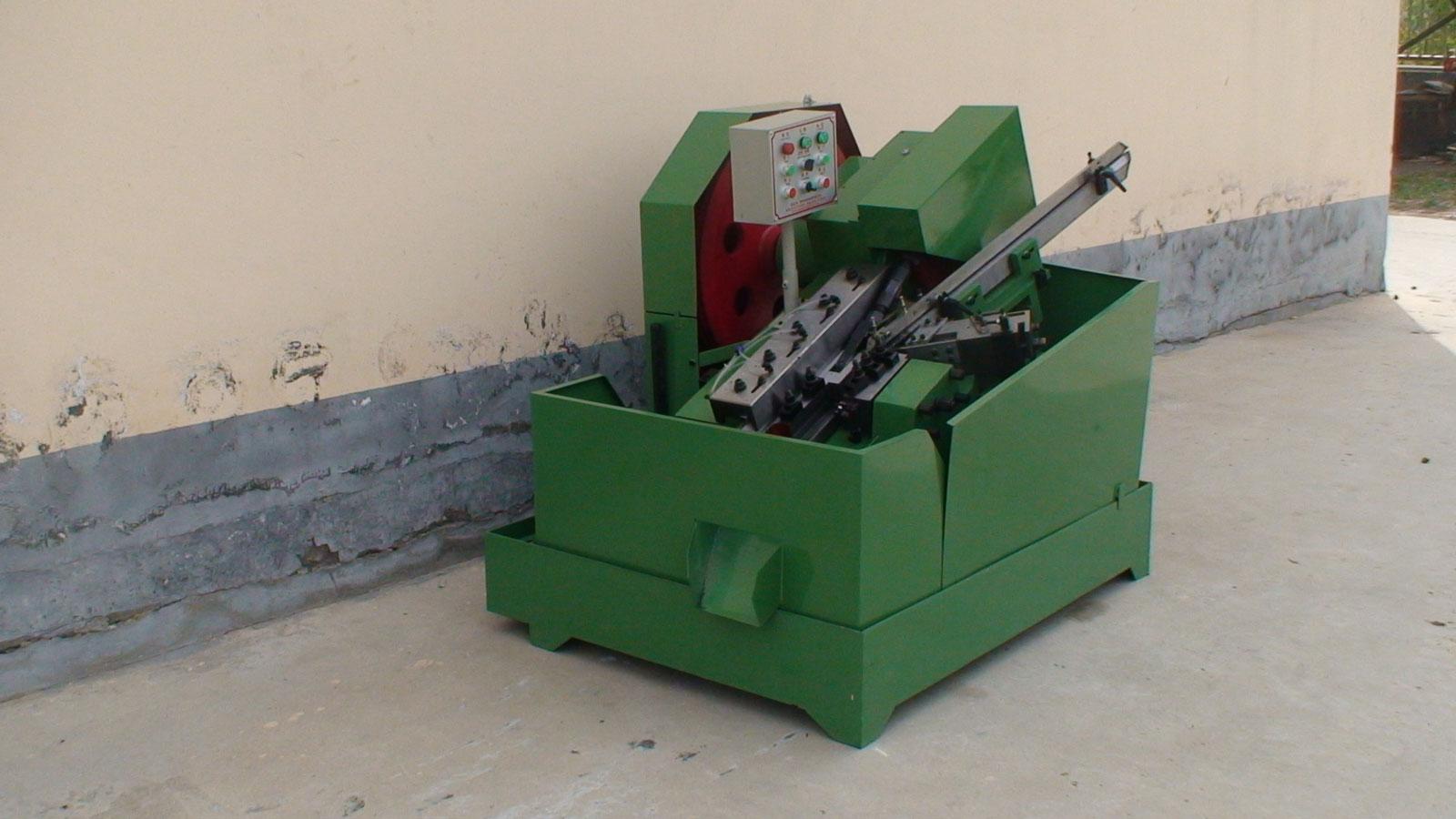 广东高速、超高速搓丝机价格实惠,质量优的自动齿轮箱搓丝机在哪可以买到