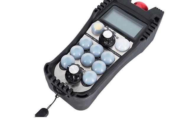 成都芯合成专业的焊接操作机遥控器出售——工业遥控器