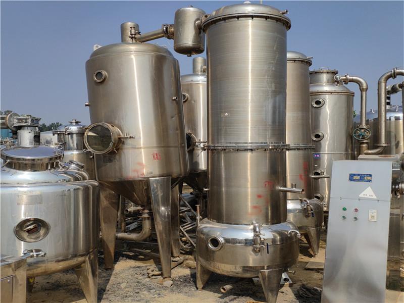 二手四效降膜蒸发器_大量出售二手蒸发器