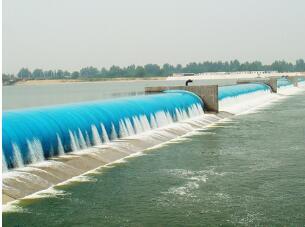 哪里能买到高性价多跨式充水彩色橡胶坝,山东多跨式充水彩色橡胶坝