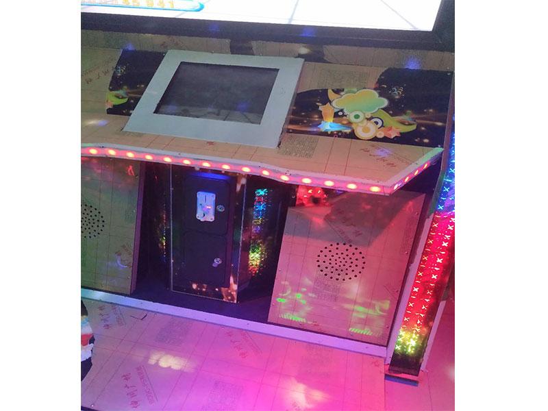 广州好用的舞林争霸跳舞机,加盟投币游戏机