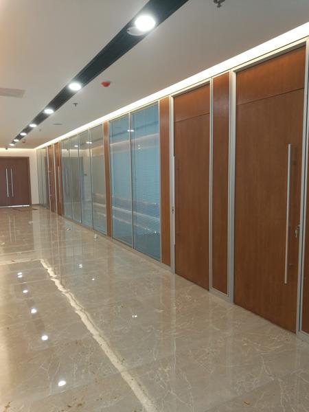 专业的玻璃隔断批发——双层玻璃隔断-哪里找称心的玻璃隔断批发双层玻璃隔断