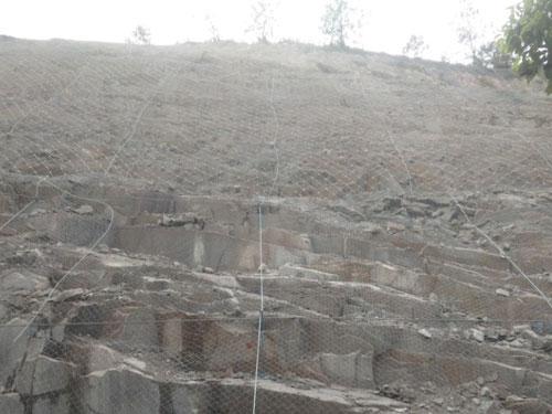 地质灾害边坡坍塌防护主动网15131856266柔性主动网