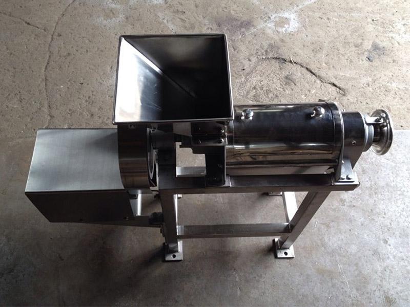 廠家供應螺旋榨汁機廠家-優惠的JRLZ-0.5螺旋榨汁機推薦給你