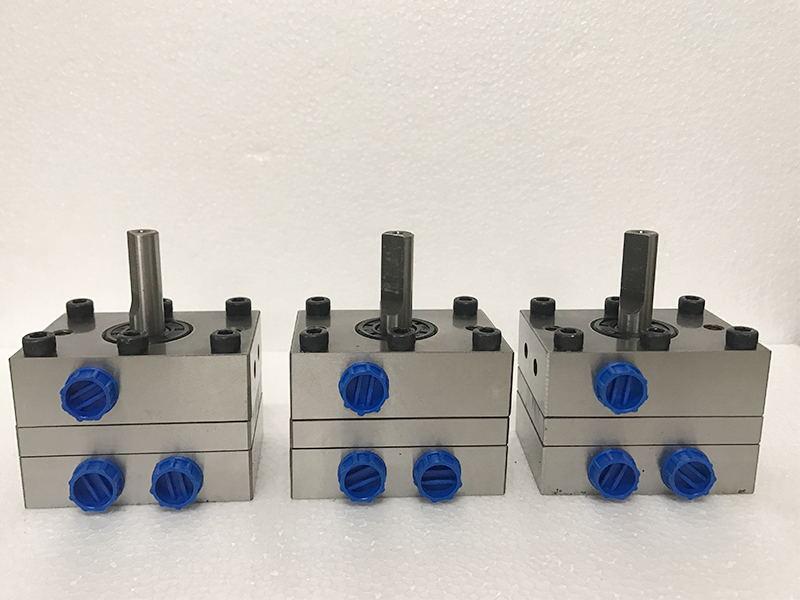 一进两出款水性漆氟碳漆幕墙喷涂DISK自动喷漆设备齿轮泵