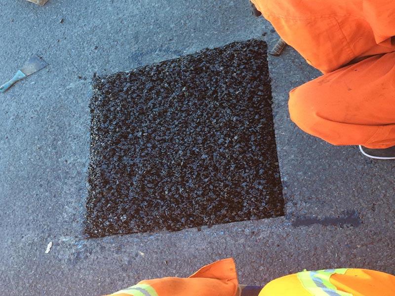 冷拌沥青混凝_辽宁哪里有供应价格合理的沥青冷补料冷拌沥青混合料坑槽修补高速市政
