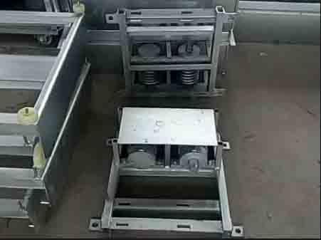 自动刮粪系统及塑料地板厂家|口碑好的清粪机械供销