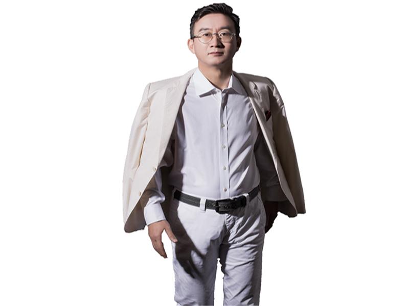 移动互联网理论奠基人/营销品牌战略/品牌策划专家/华红兵
