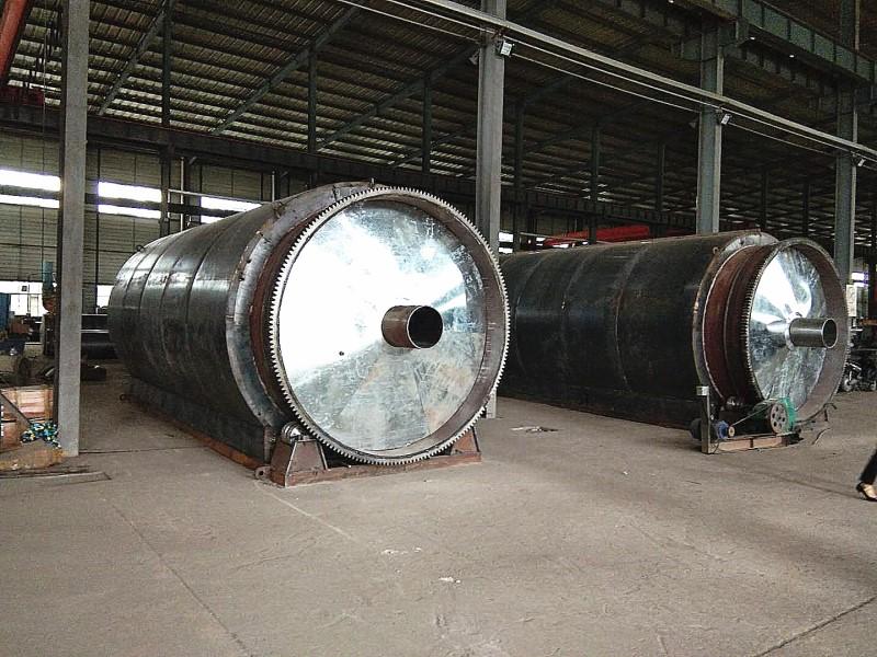 云南废旧橡胶炼油价格-亚科环保机械设备价格划算的废橡胶炼油设备出售