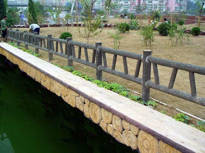 商洛仿石水泥欄桿廠家-劃算的商洛仿木欄桿毅力景觀材料供應