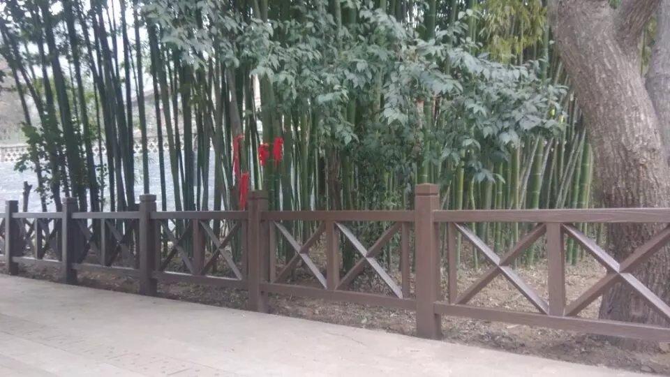 佳县仿竹围栏厂家-陕西划算的榆林仿木栏杆批销