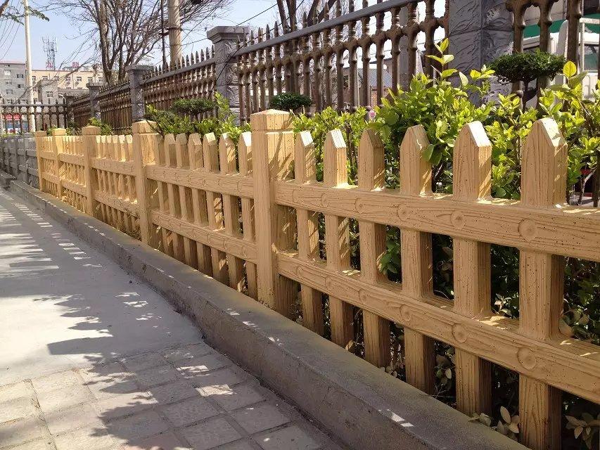 渭滨仿木栅栏批发-西安优惠的宝鸡草坪护栏供应