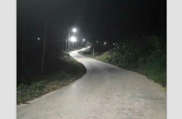 广西恒之光新能源提供南宁地区优良的太阳能路灯,来宾户外LED路灯