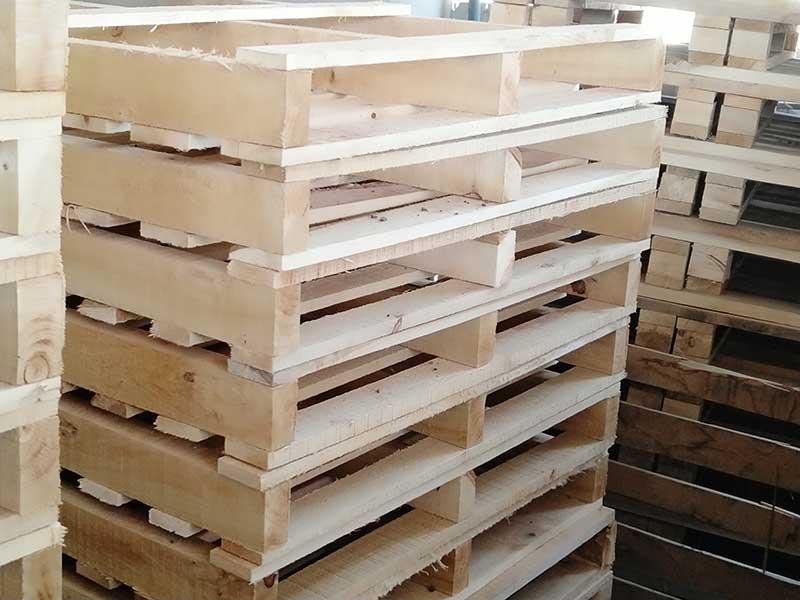 兰州新区木屑批发|供应兰州品质好的木托盘