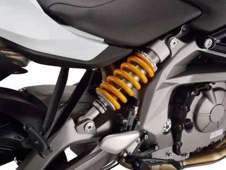 未来出行新选择 封闭式摩托车