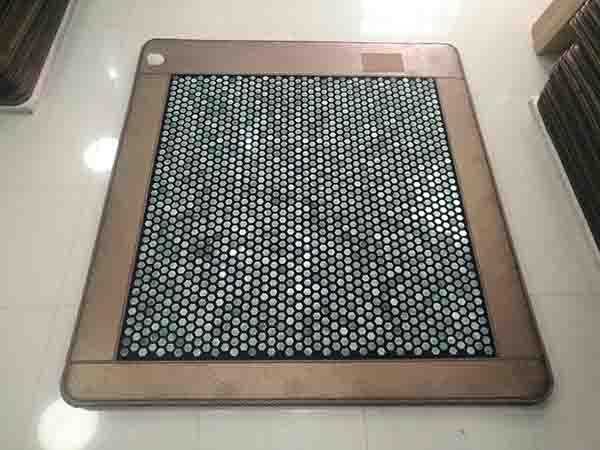 玉石加热床垫供应_口碑很好的玉石加热床垫就在岫岩鑫龙玉器