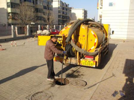 疏通管道-高压车清洗下水道-市政管道清淤疏通-化粪池清理