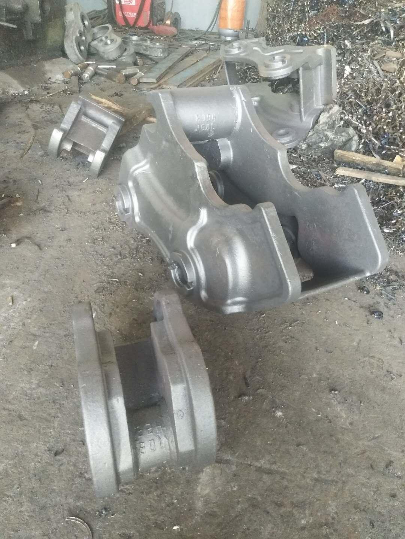 快换机件生产厂家-专业挖掘机快换机件是由永立铸钢提供