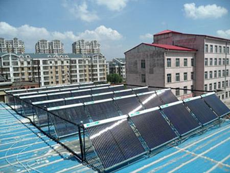 工廠空氣能熱水工程 找專業的哈爾濱太陽能熱水工程就到黑龍江省瑤茜爍熱水工程