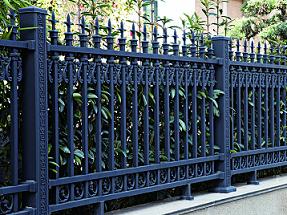 声誉好的锌钢围栏供应商当属南宁华轩装饰|广西锌钢护栏多少钱
