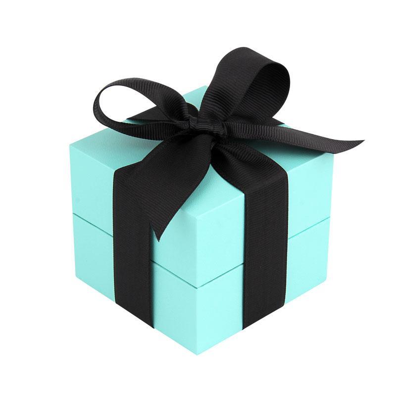 FOR U品牌 专属订制的蓝色包装盒,它的内部设计有多用性