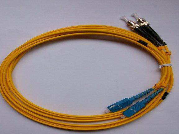 西安尾纖品牌_西安唯苑電訊供應好用的烽火光纖跳線尾纖