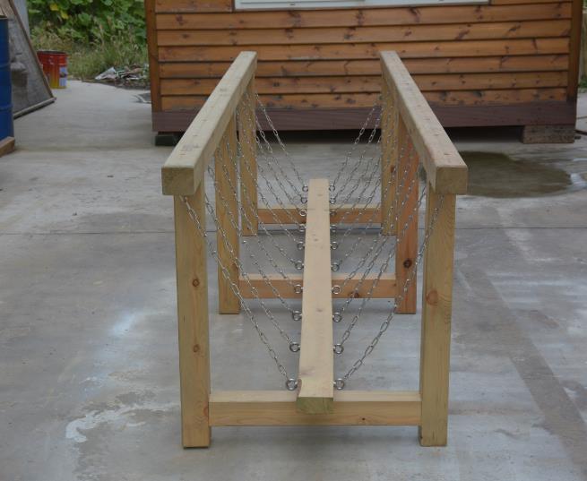 幼兒園獨木橋