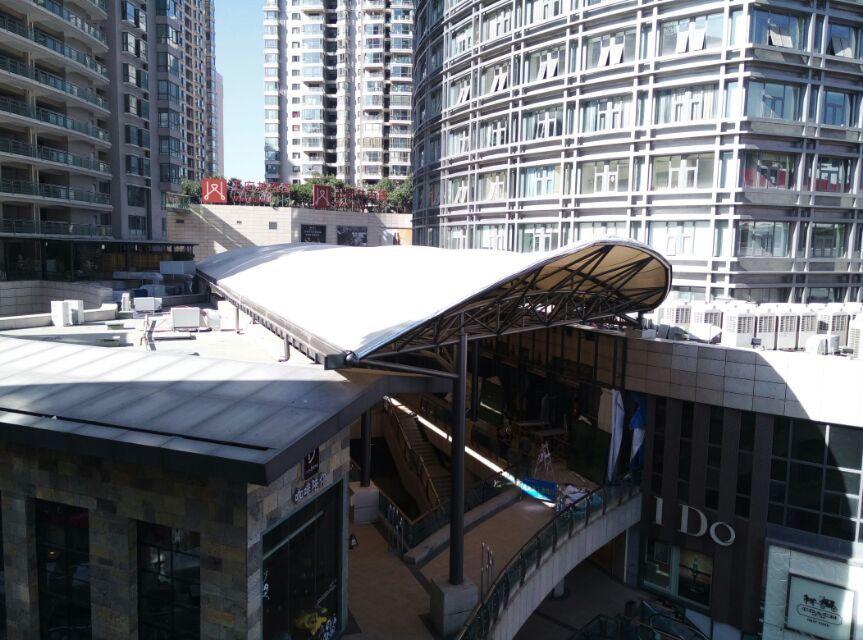 云南昆明南屏步行街顺城购物中心
