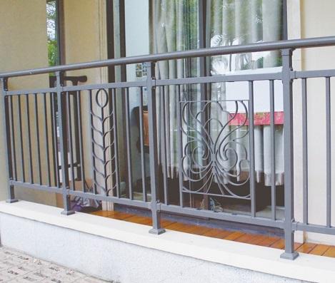 南宁阳台护栏|南宁哪有供应高质量的锌钢护栏