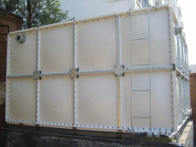 河北玻璃鋼水箱|供應口碑好的玻璃鋼水箱