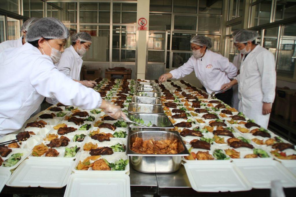 专业膳食承包-找可信的医院食堂承包就到深圳隆盛康餐饮