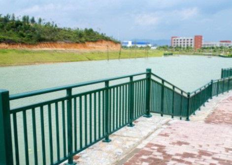 柳州河堤护栏-诚挚推荐质量好的河堤护栏