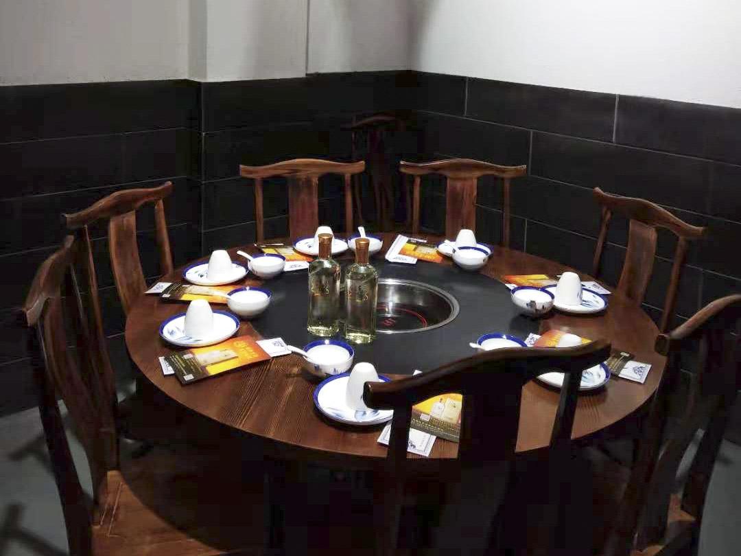 山东火锅加盟-一条鱼酒店管理提供称�钚牡囊惶跤慵用�