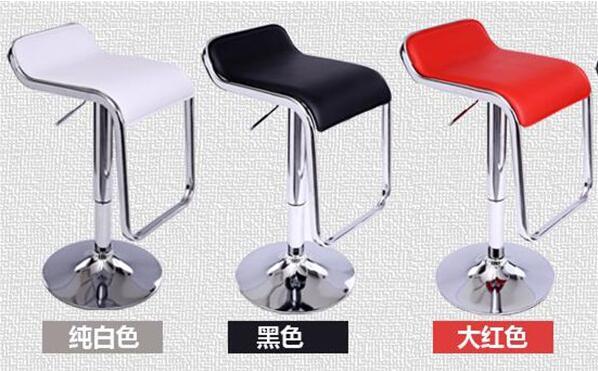 郑州物超所值的旋转火锅设备室内款供应 火锅桌椅批发价格