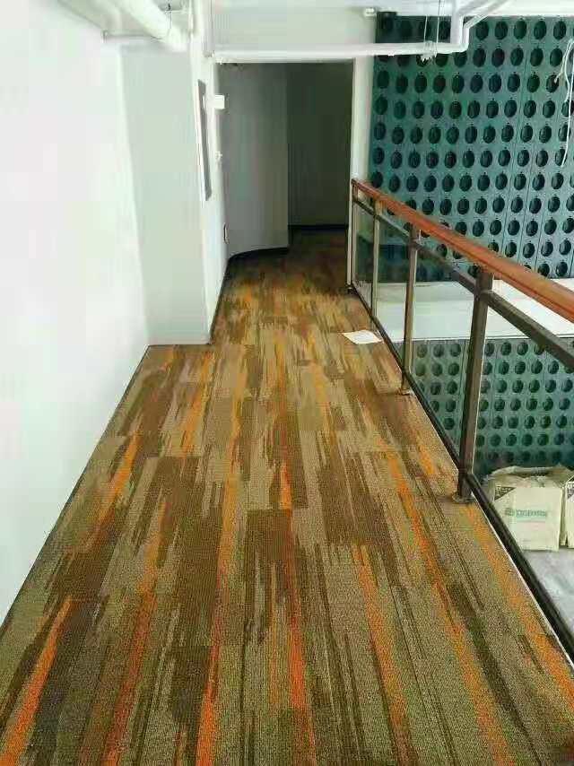 青岛价位合理的拼块地毯批发,李沧酒店地毯供货商