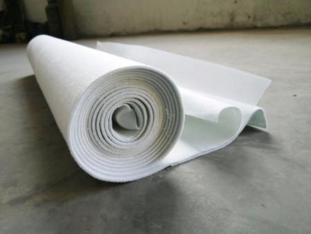 土工布有较高的防老化能力和较高的变形模量