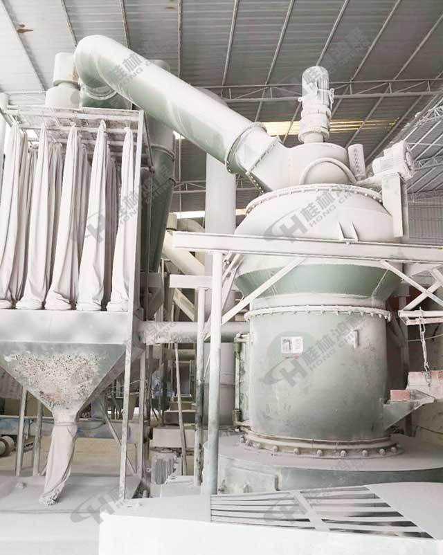 安徽矿石雷蒙磨悬辊摆式磨粉机HC1300方解石雷蒙机