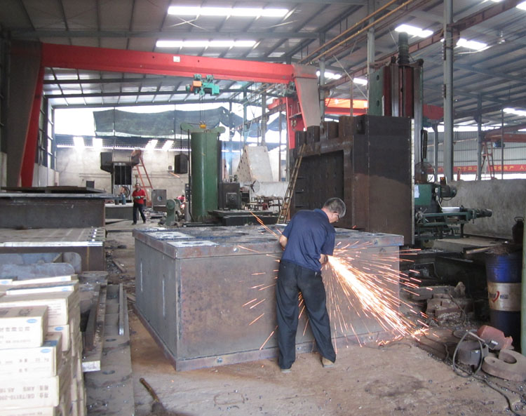 电焊冷作对外加工