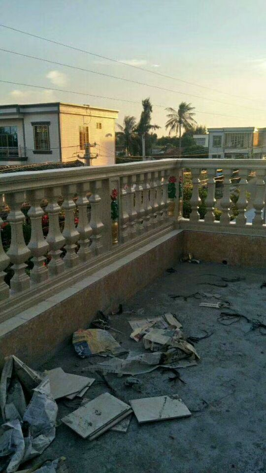 花瓶柱模具