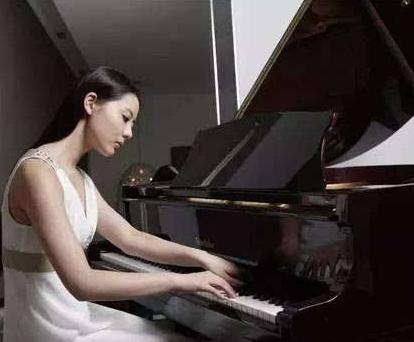 深圳钢琴专卖丨进口钢琴专卖